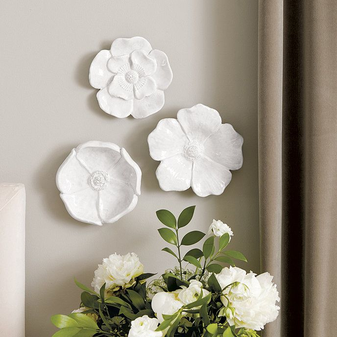 Ceramic Blooms Wall Décor