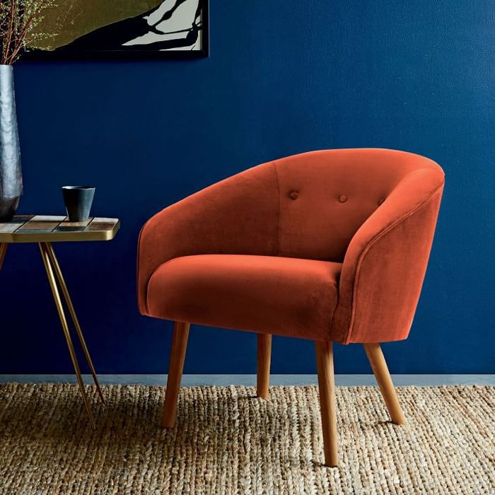 Eve Buttoned Chair