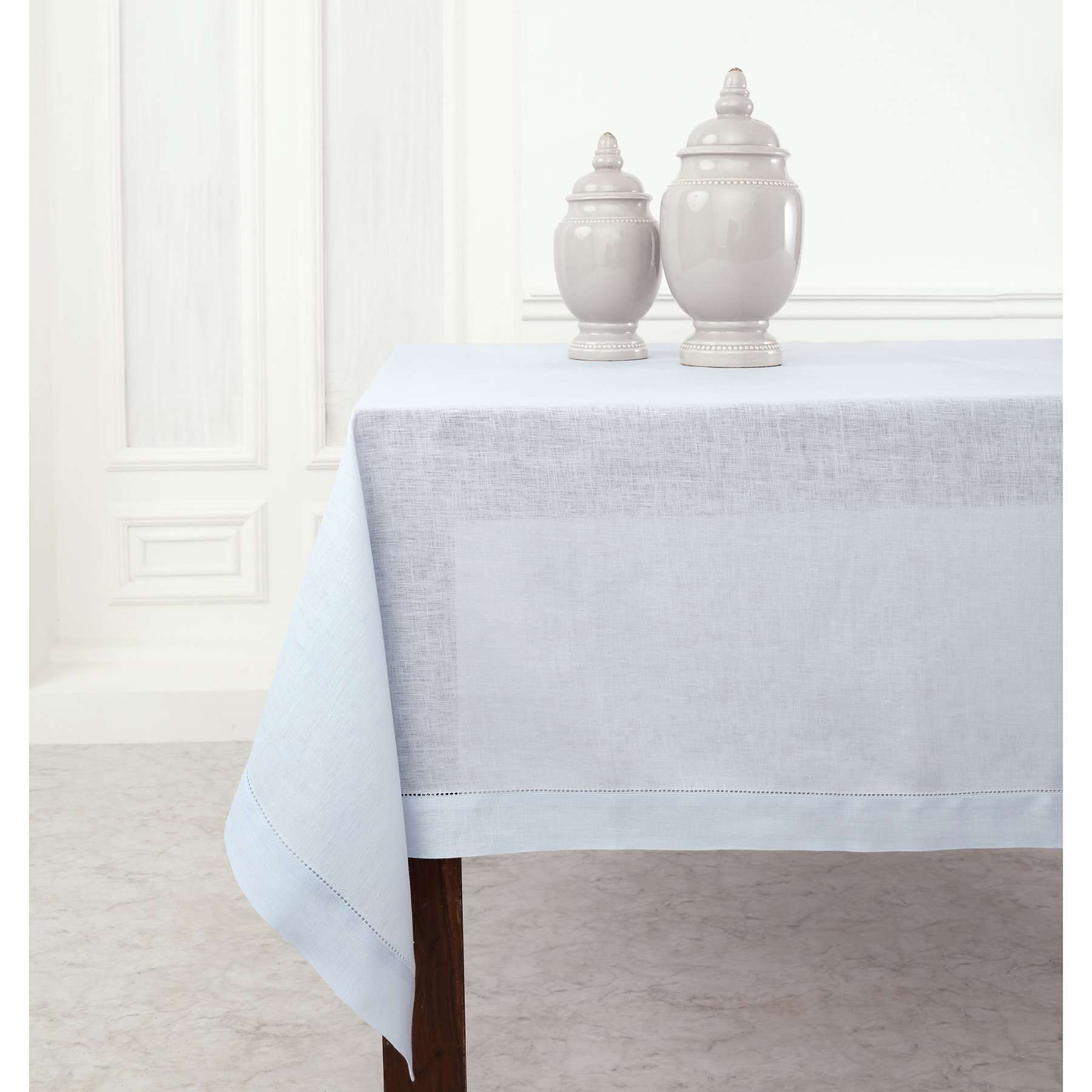 Solino Home Classic Hemstitch Tablecloth