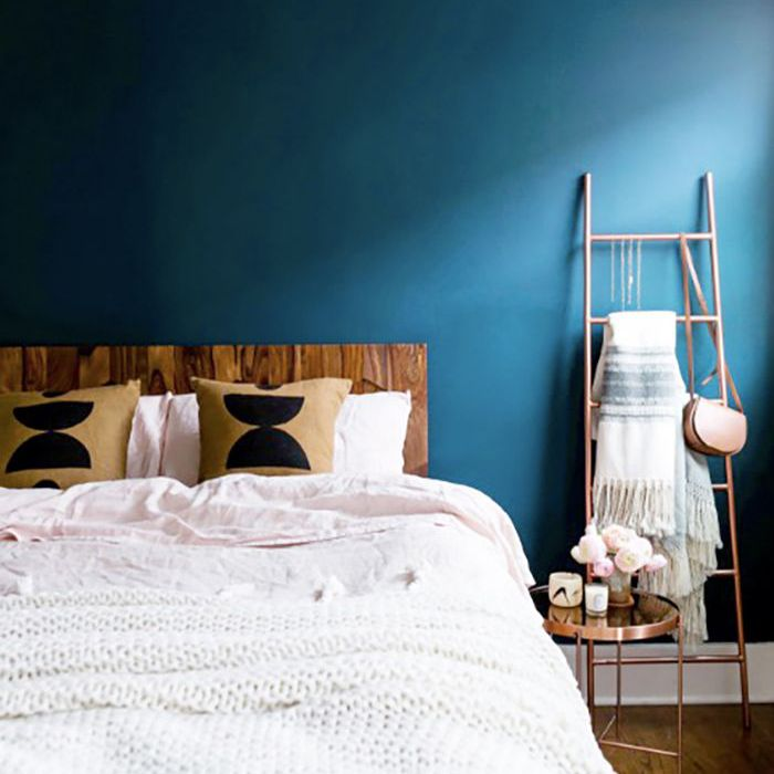 blue bedroom—feature wall