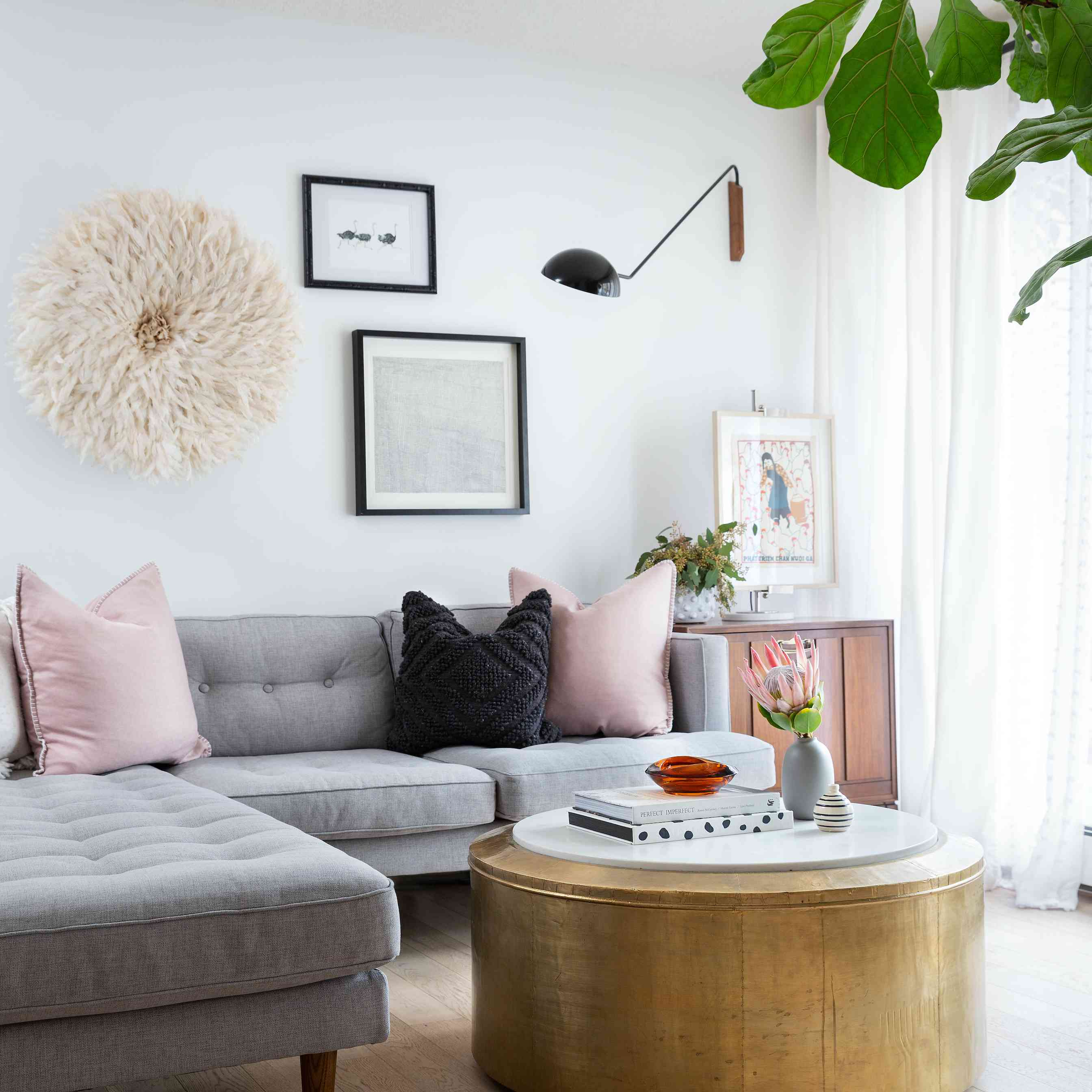 Living room with wall-mounted lamp