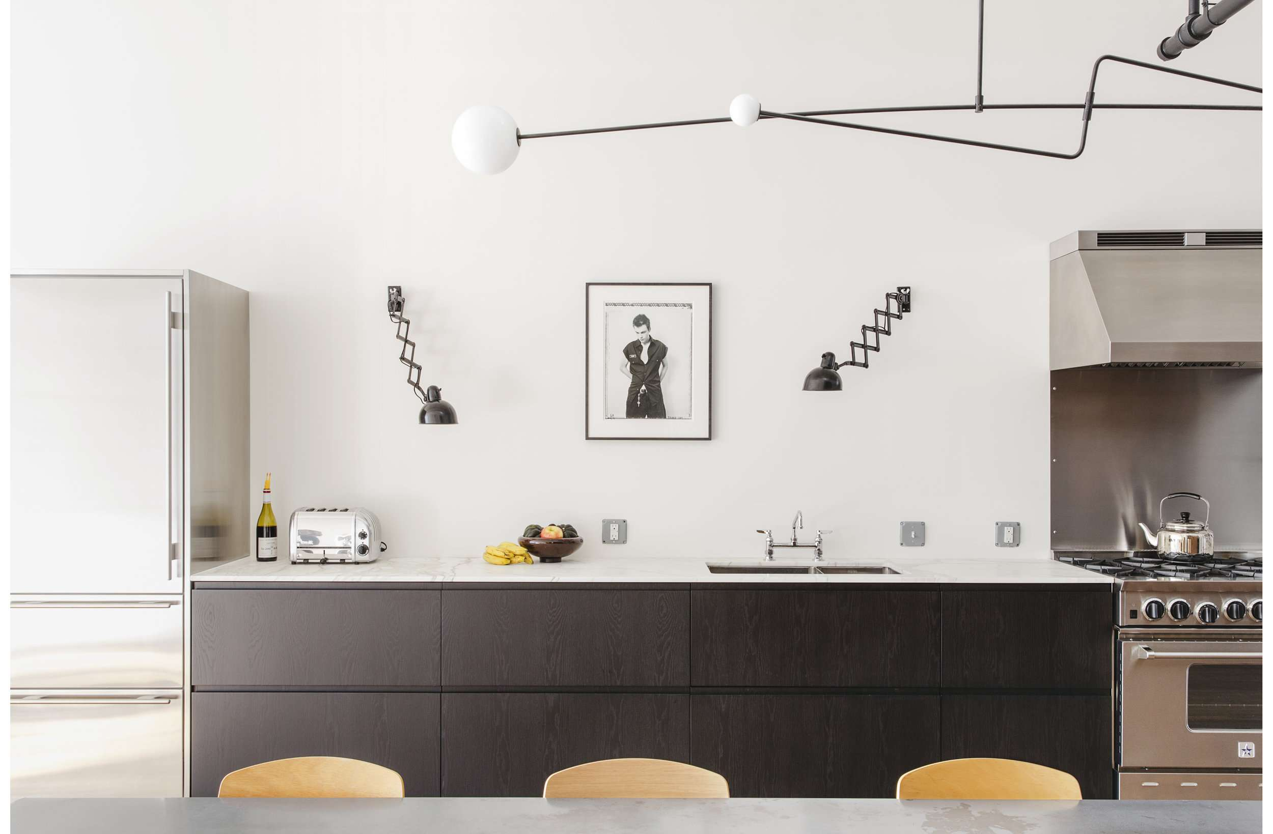 20 Minimalist Kitchens Ideas To Soothe Your Type A Soul
