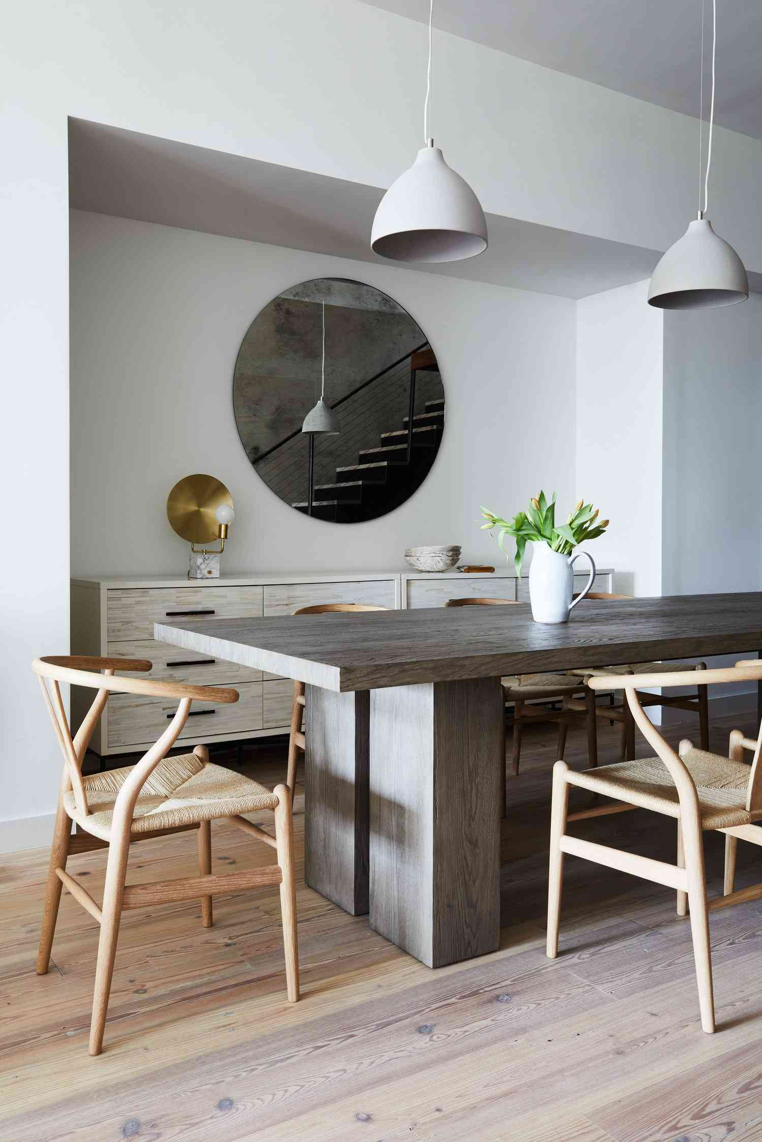 how to hang mirrors in feng shui - dining room