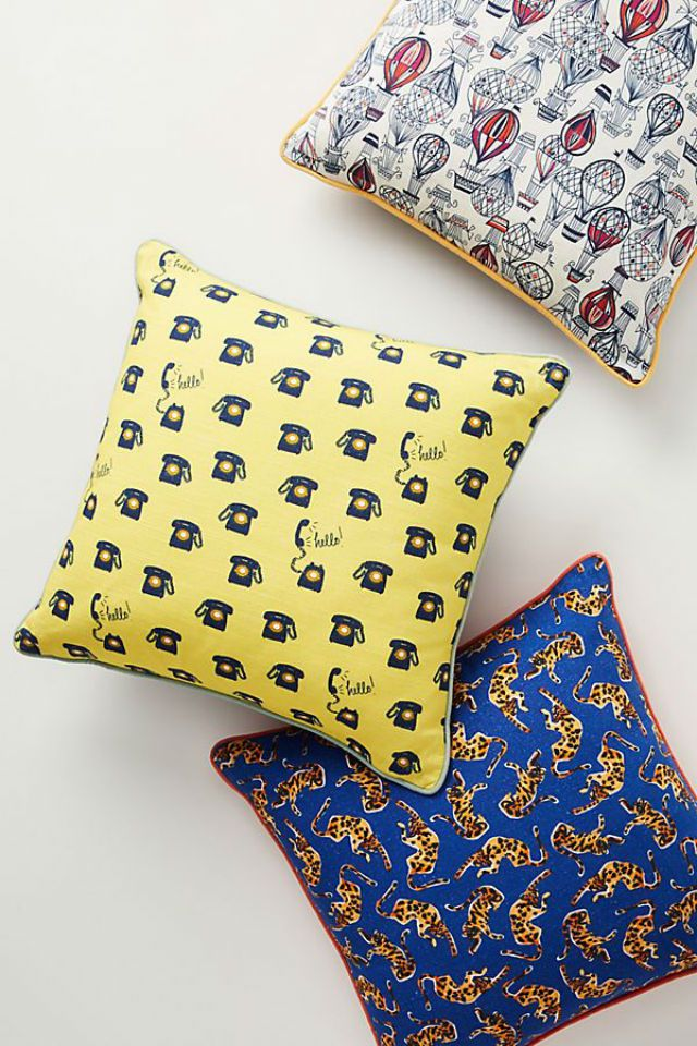 Colloquial Pillow