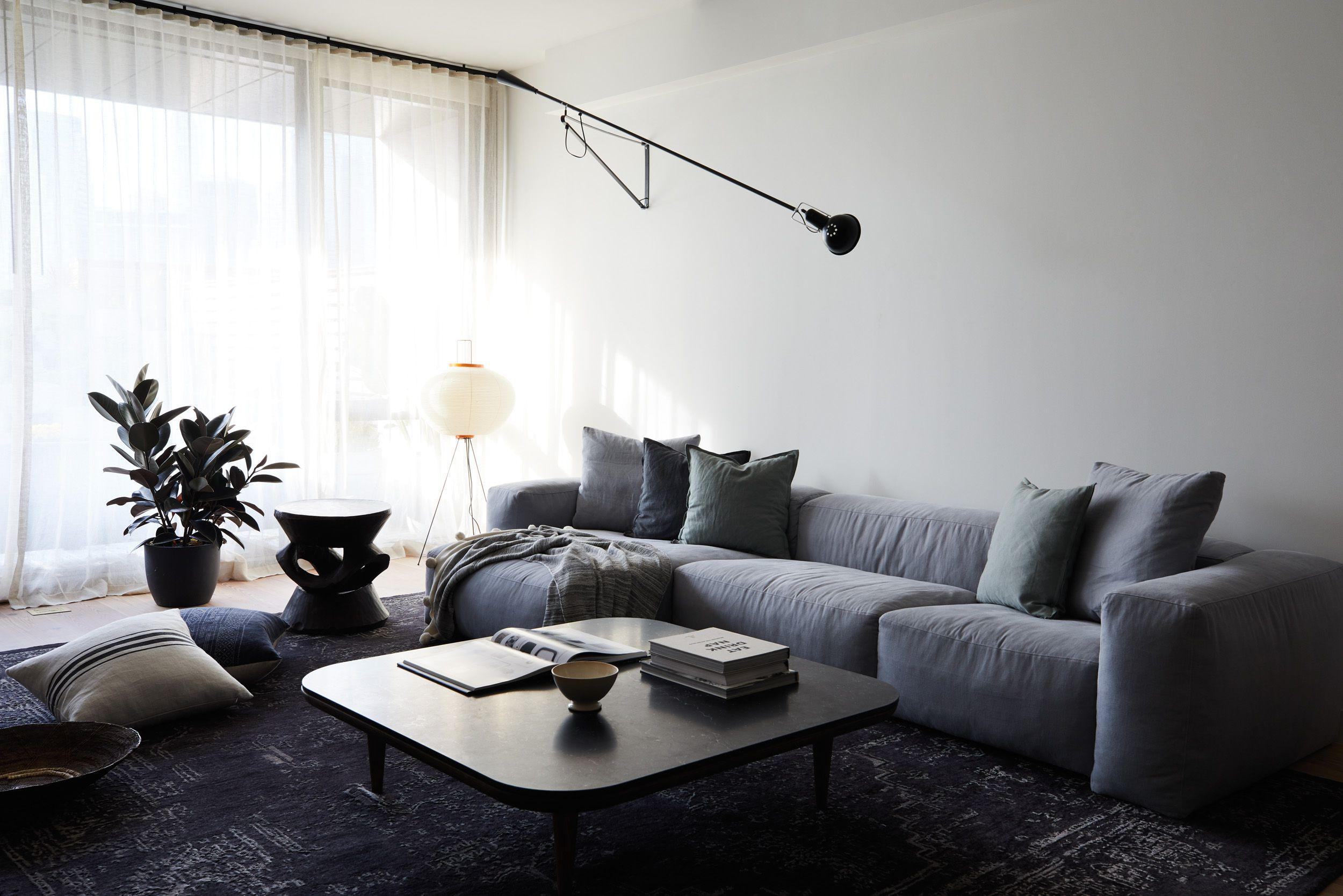 20 Best Minimalist Living Rooms for Streamlined Design
