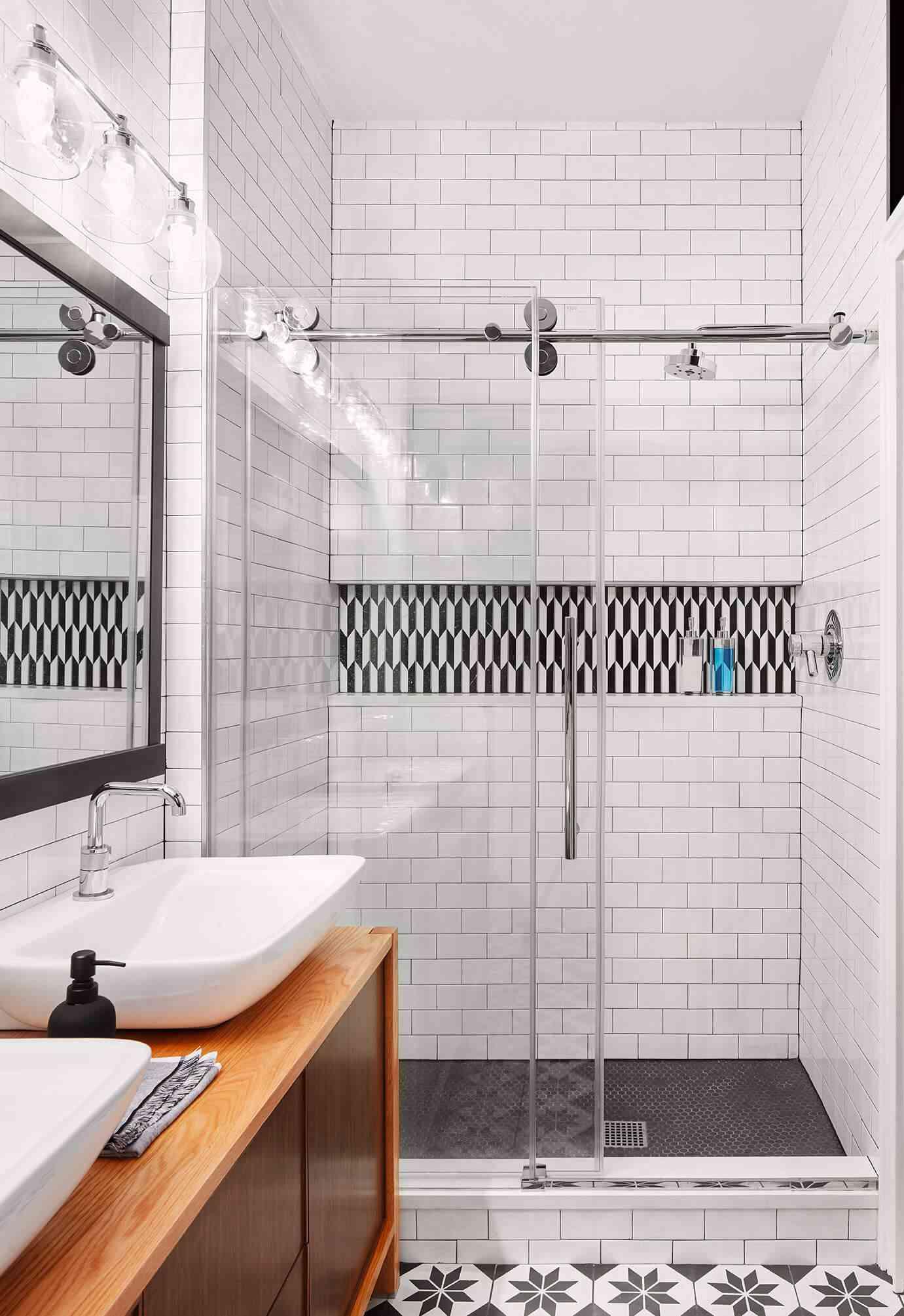 subway tile bathroom