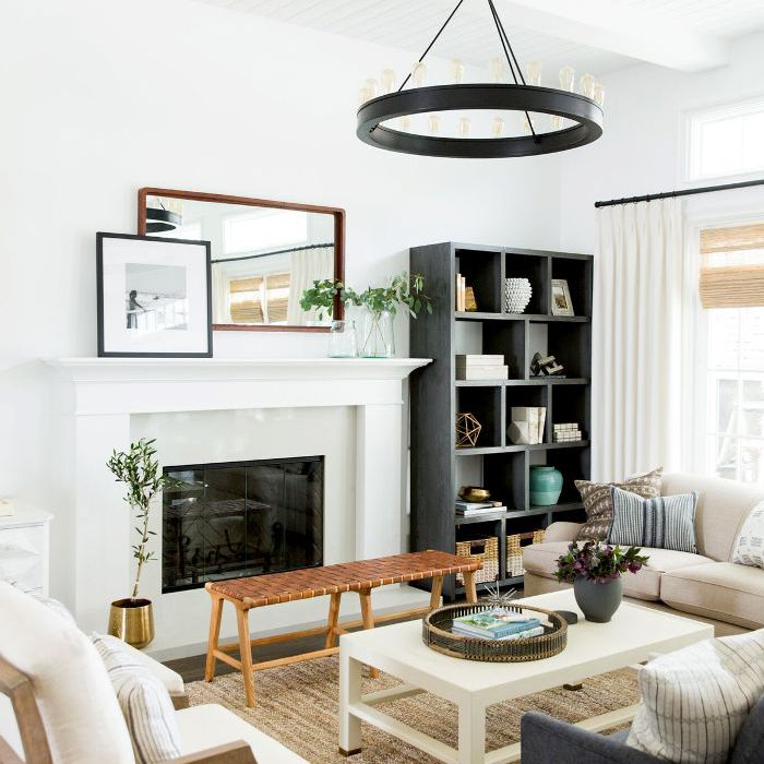 9 Farmhouse Living Rooms Chic Enough For Urban Dwellers