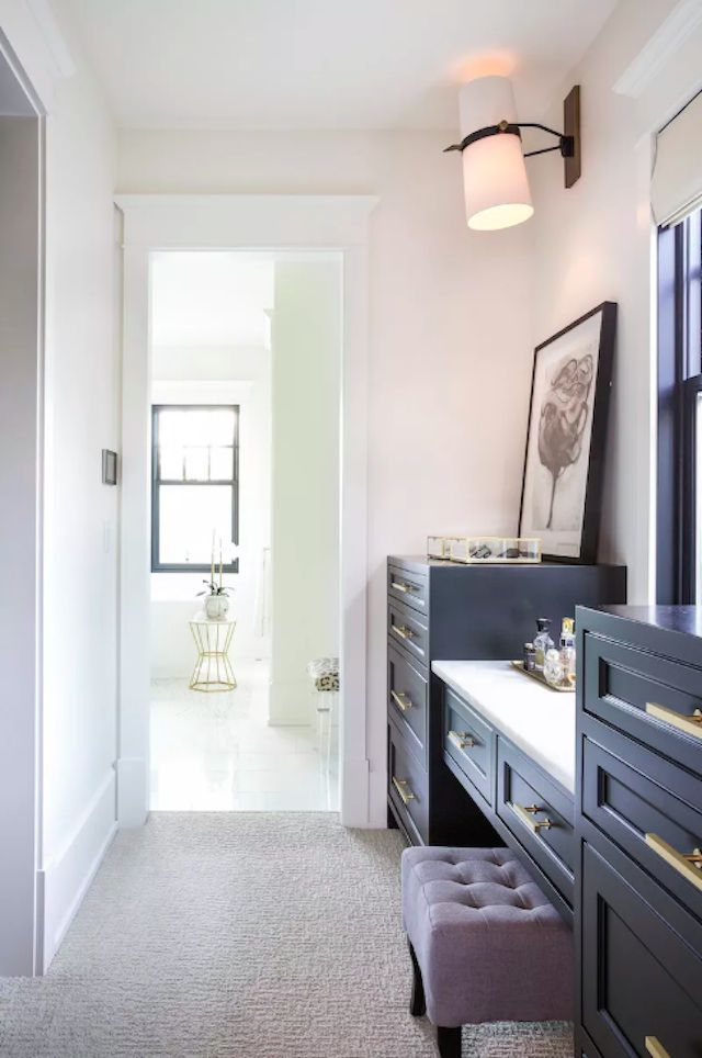 grey closet design idea