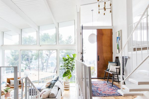 Fantastic Foyer Ideas To Make The Perfect First Impression: 10 Entryway Ideas That Make A Stunning First Impression