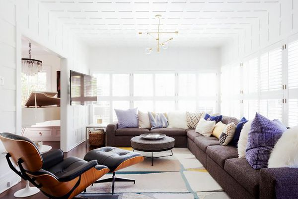 Bright and cozy living room