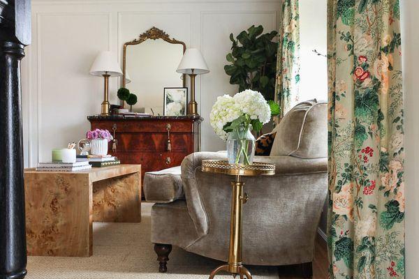 living room with burlwood table