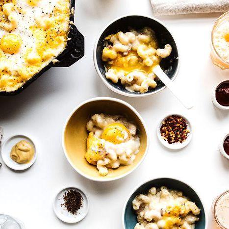 Tasty Breakfasts & Brunch cover image