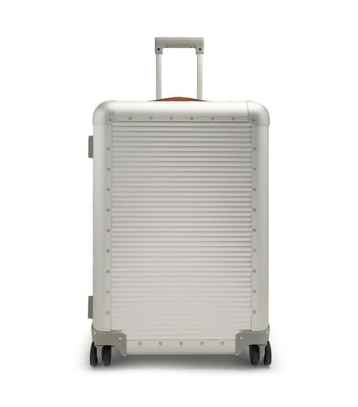 Fabbrica Pelletterie Milano Spinner 68 stud-embellished suitcase