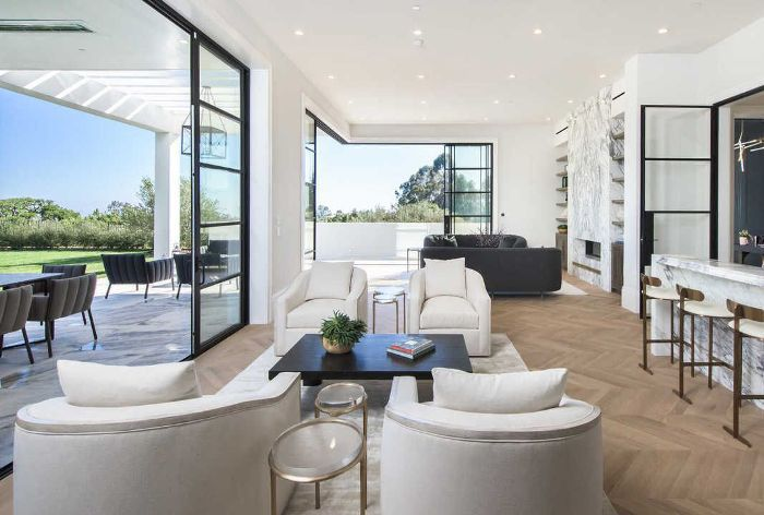 LeBron James's Brentwood Home