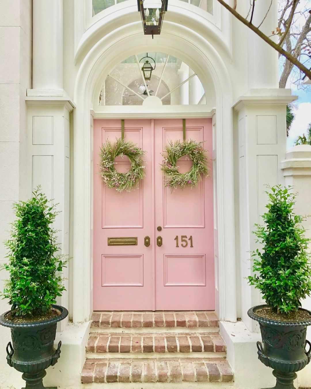 Charleston Queen front doors.