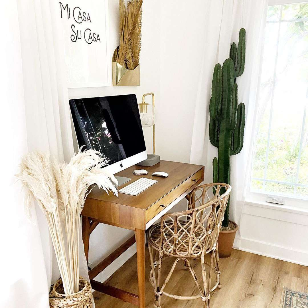 Small office with plants and decor