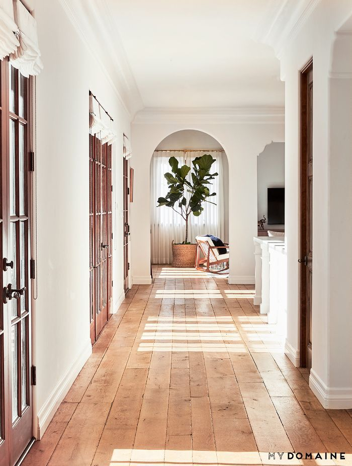 Hallway design—Lauren Conrad