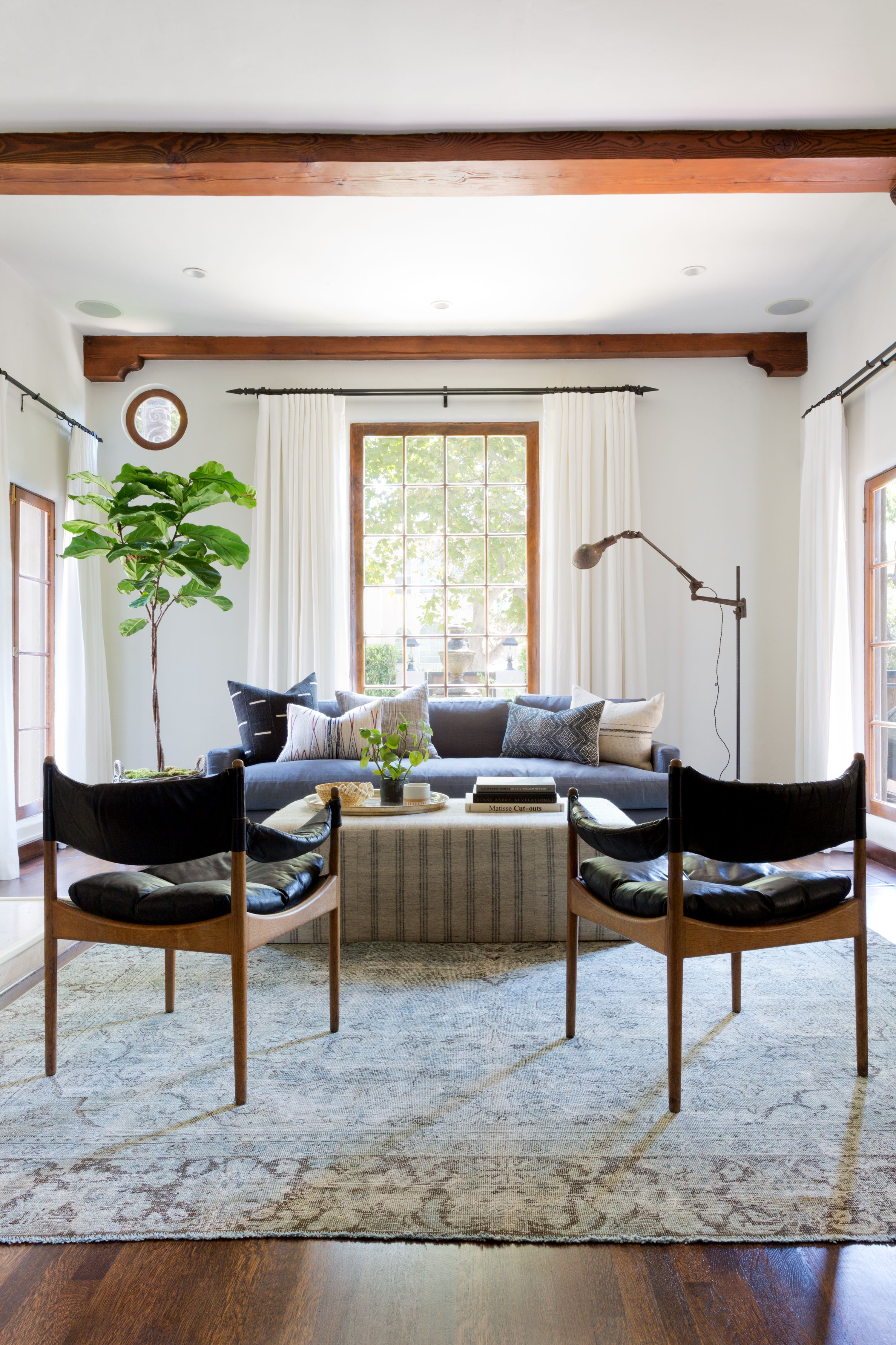 An Interior Designer Explains Which 5 Colors Go With Gray So You Can Nail The Look