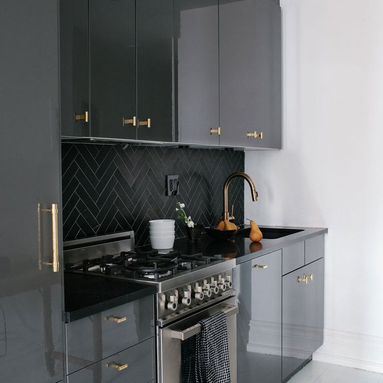 12 Tips For Nailing The All Black Kitchen Trend
