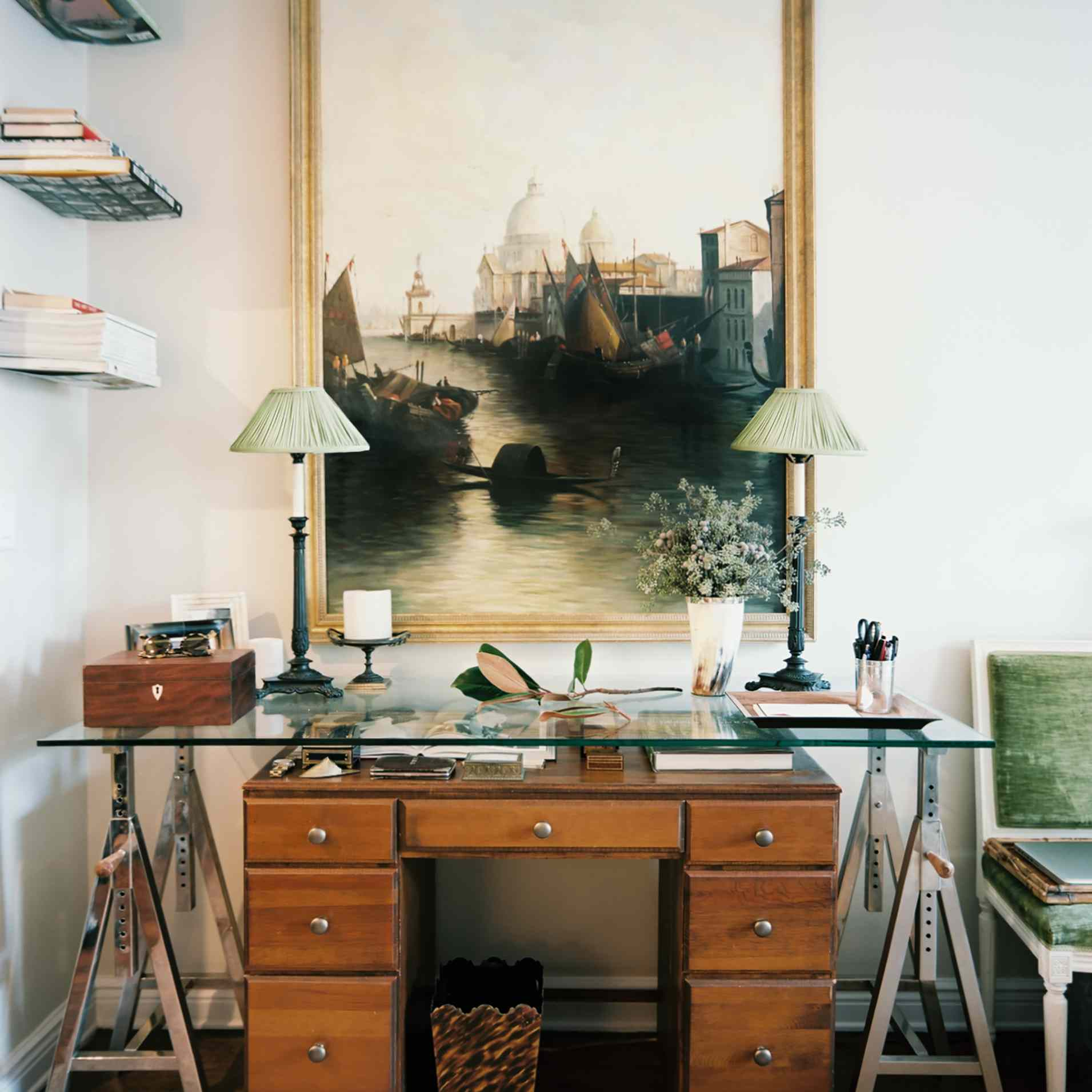 Apartment with home office desk