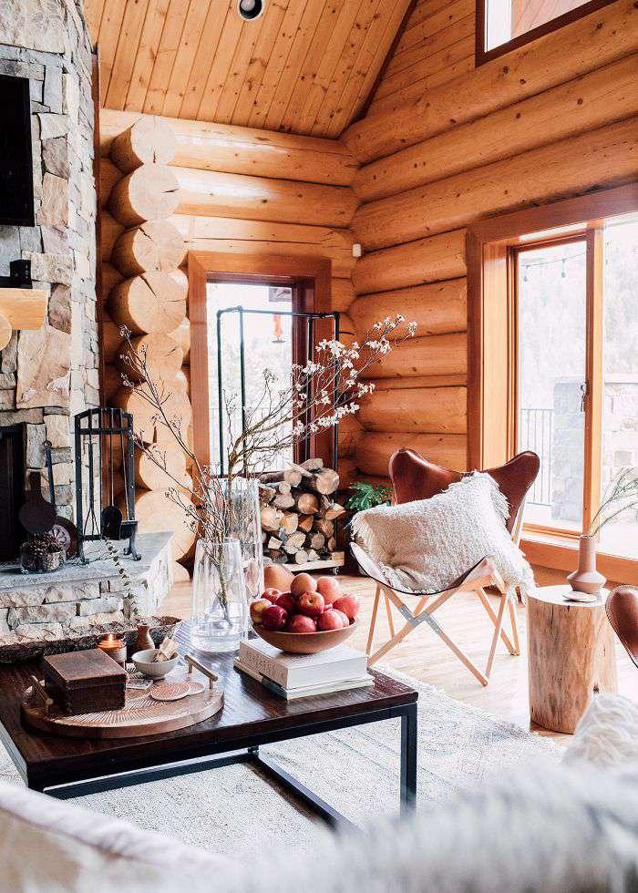Alpine living room décor