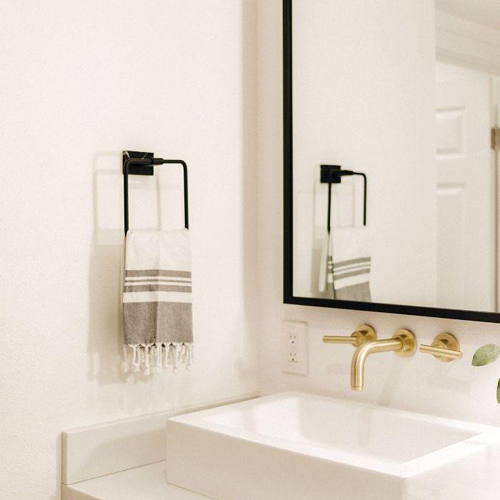 Chriselle Lim—Modern vanity design
