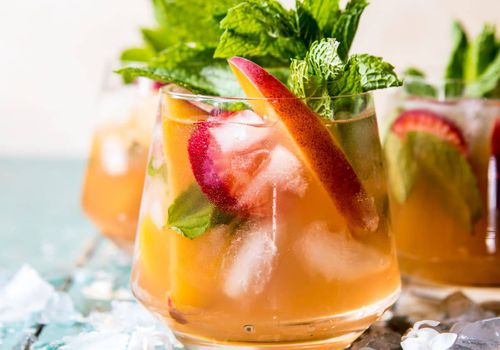 strawberry peach sweet tea julep - how to grow mint