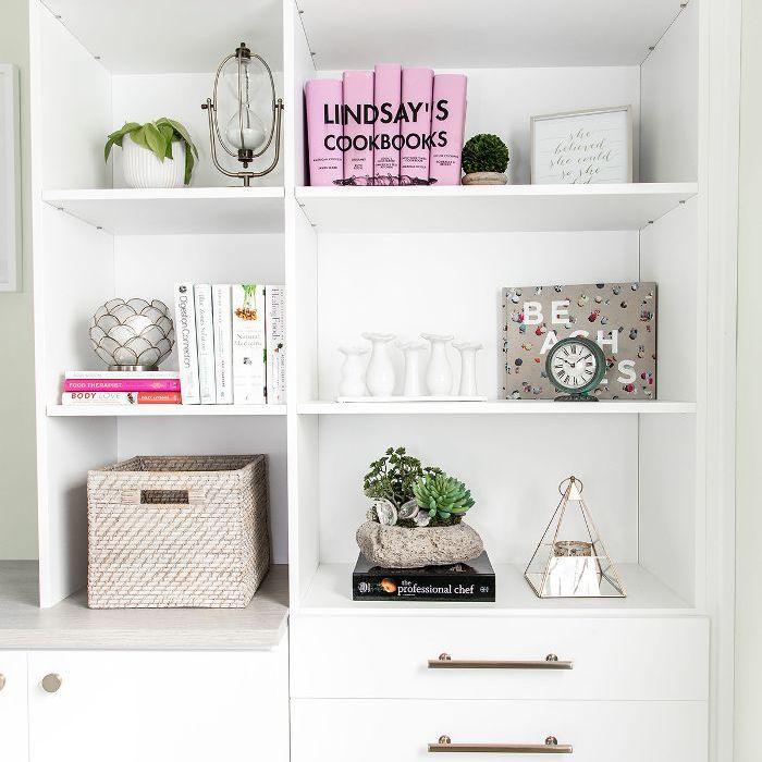 Weeknight Bite—bookshelf design